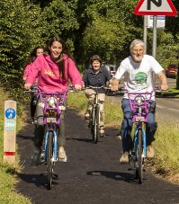 people riding bbc cycles on 3 rivers way